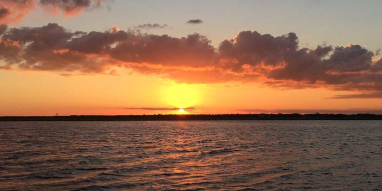 Sunset & Scenic Cruises